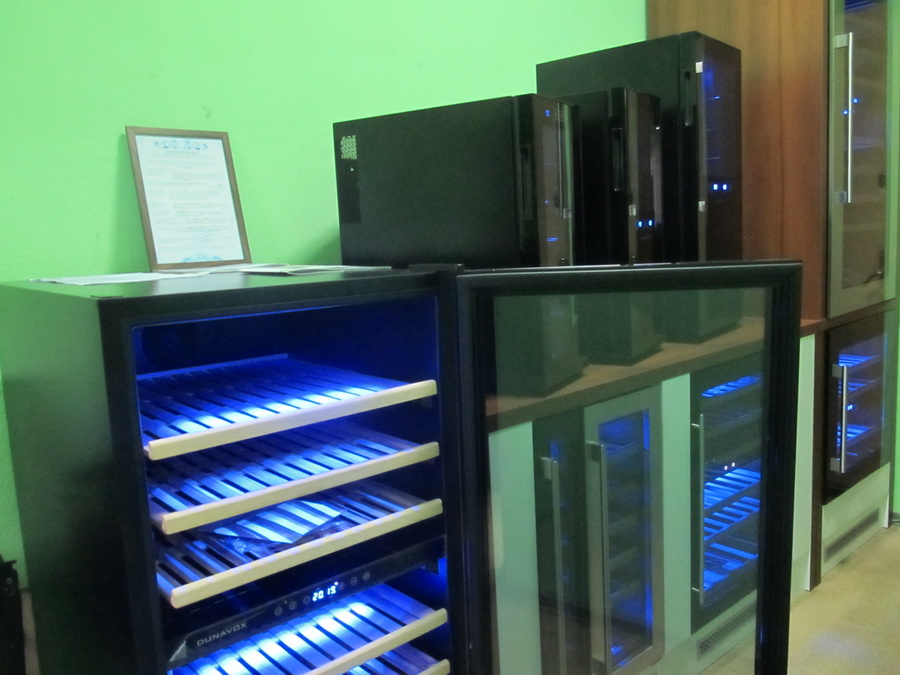 винные холодильники киев